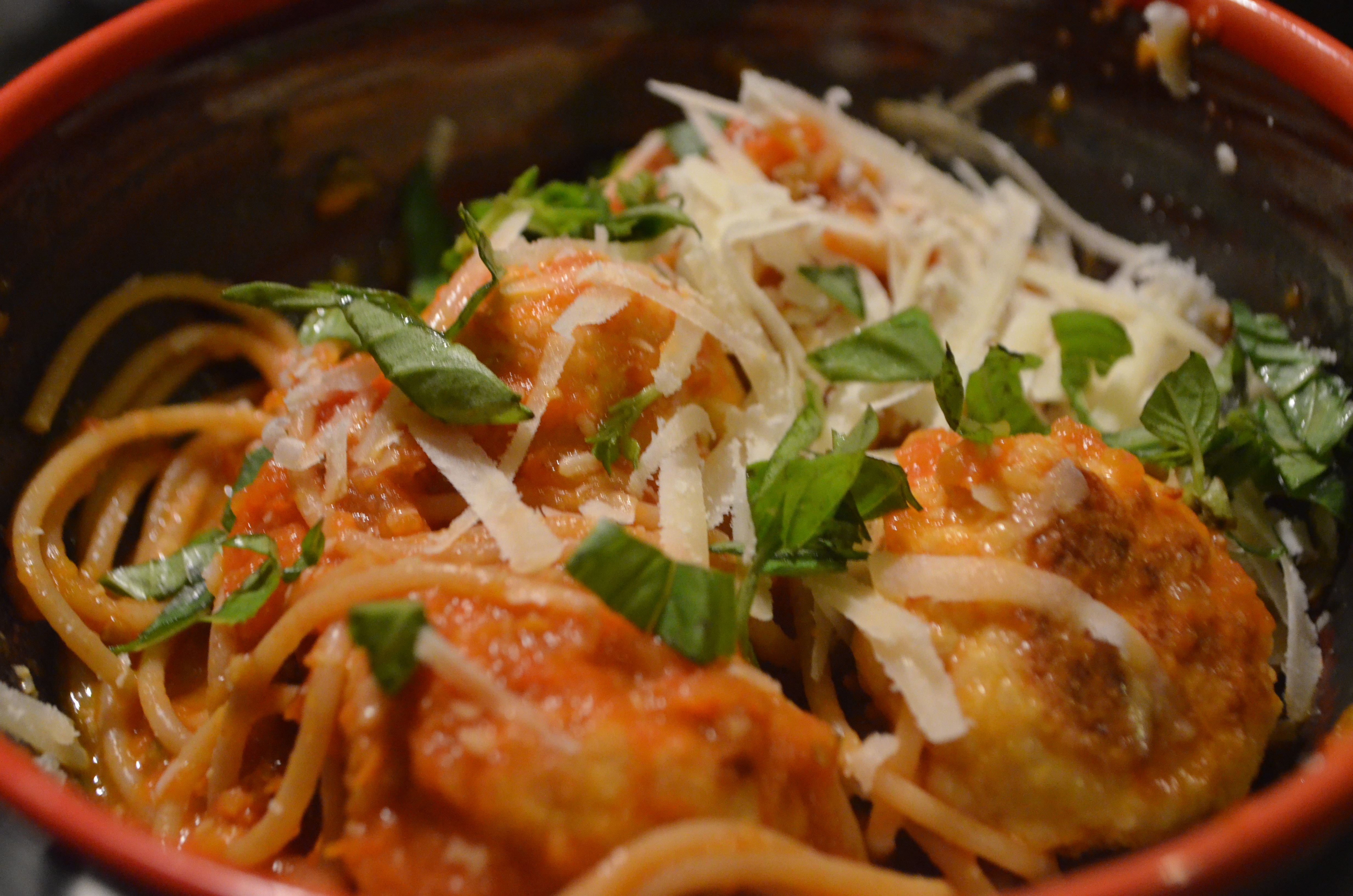 how to make chicken meatballs for spaghetti